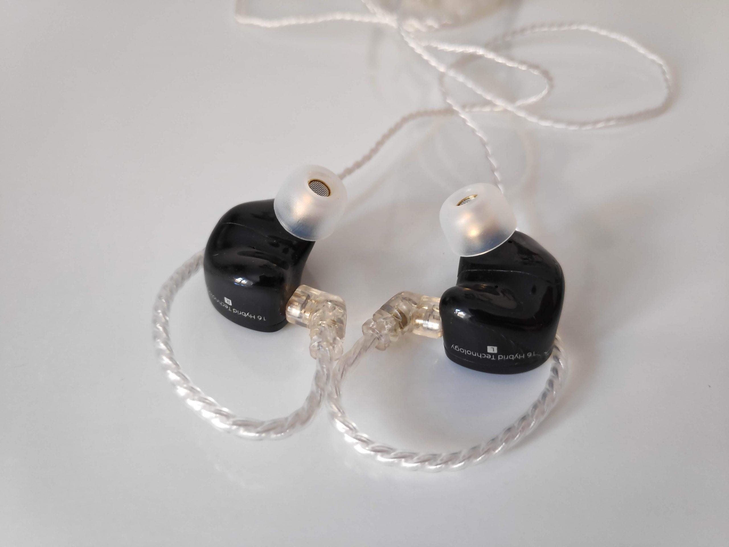 CCA CA16 écouteurs